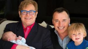 Este es el nuevo bebé de Elton John (Fotos)