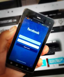 Facebook es la app más popular en móviles
