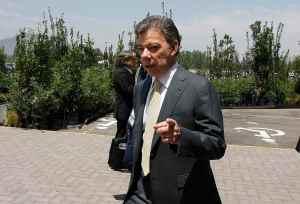 Presidente Santos pide cambiar la batalla de las armas por la de las flores