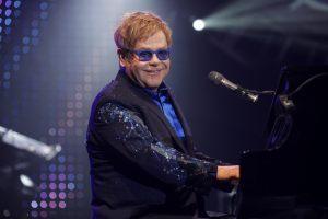 Elton John despega hacia Buenos Aires