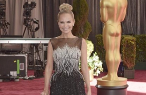 Artistas desfilan en la alfombra roja de los premios Oscar (Fotos)