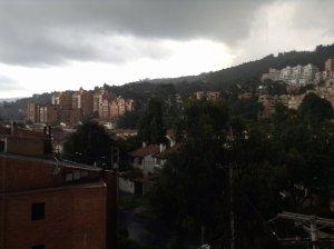 Llueve granizo en Bogotá (FOTOS)