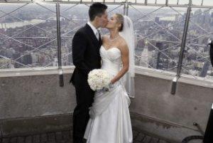 Las bodas del Empire State por San Valentín tuvieron sabor latino