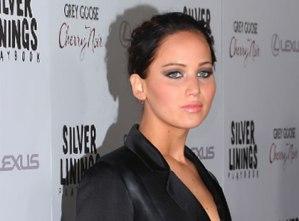 """Jennifer Lawrence se tiñó el cabello y dice que está """"entrando en depresión"""""""