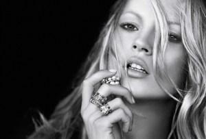 "El ""look"" rebelde de Kate Moss recauda 2,6 millones de dólares en Christie's"