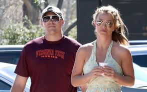 Britney Spears no pierde tiempo y ya estrena nuevo novio (FOTO)