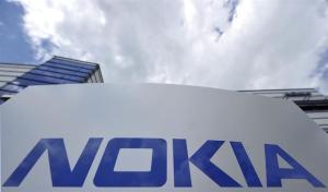 """Nokia lanza un """"smartphone"""" con acceso directo a Redes Sociales"""