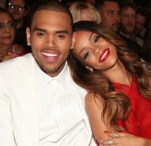 Rihanna y Chris Brown oficialmente separados