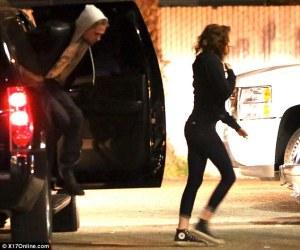 Kristen Stewart y Robert Pattinson más fuertes que nunca (Fotos)