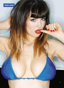 Bellísima, voluptosa, topless… ¡indescriptible!
