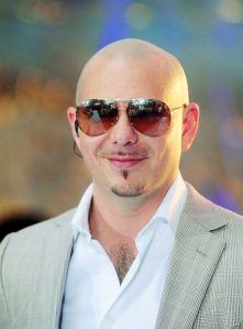 """Pitbull demuestra que no solo dice """"Dale"""", sino que creó un centro educativo"""
