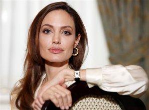 Angelina Jolie: De chica con tatuajes a mujer con una causa