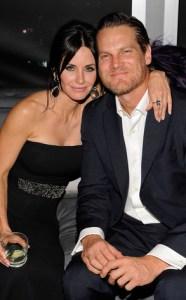 La nueva pareja de Mónica Geller no es precisamente Chandler Bing (Foto)