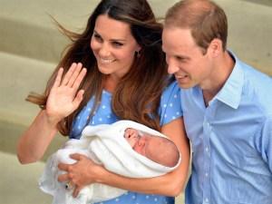 """El príncipe Guillermo dice que su bebé es """"muy guapo"""""""
