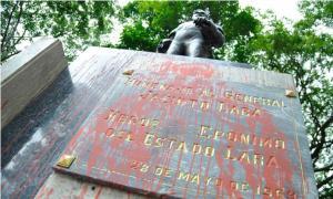 Adivinen quién hará de Simón Bolívar… ¡¡¡Roque Valero!!!