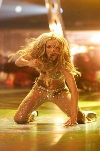 Britney Spears colabora en el nuevo disco de Miley Cyrus
