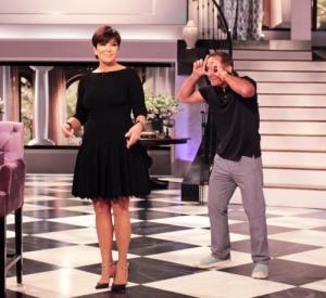 Paparazzi se infiltraron en el show de la mamá de las Kardashian (Foto + Broma)