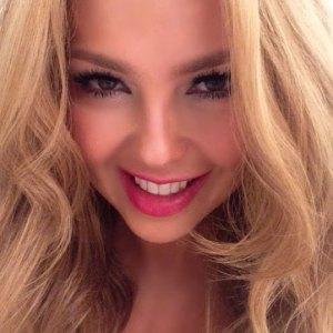 Thalía le regaló esta sensual foto a sus seguidores