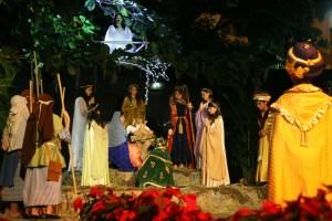 Chacao inició la Navidad con la Paradura del Niño (Fotos)