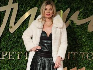 Moda británica da reconocimiento a Kate Moss por sus 25 años de carrera