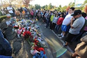 Fans de Paul Walker queman llantas en tributo al actor