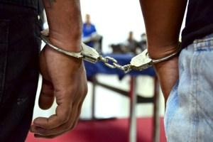 Al menos 14 detenidos por falsificar documentos para entrar a EEUU