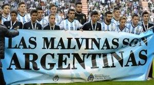 FIFA multa a la Asociación del Fútbol Argentino por polémica pancarta