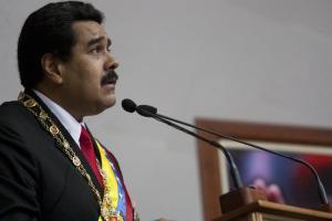 """Maduro vuelve al Palacio Federal Legislativo para """"rendirle cuentas"""" a su Asamblea fraudulenta"""