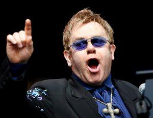 ¿Qué pasó? Elton John suspende concierto en Nueva Zelanda