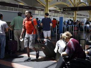 Cancelan más de 100 vuelos en EEUU por fallo informático