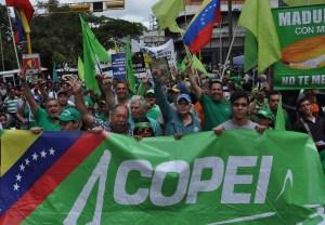 Continua el secuestro de Copei tras nombramiento del TSJ de Maduro (Comunicado)