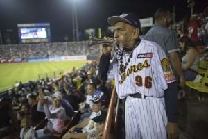 El fanático número UNO de los Leones del Caracas llegó a los 100 años de edad