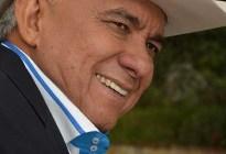 Reynaldo Armas: Los escenarios musicales están reducidos aquí