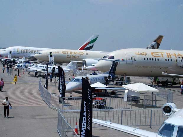 Foto: Avión de la aerolinea Etihad / business-standard.com