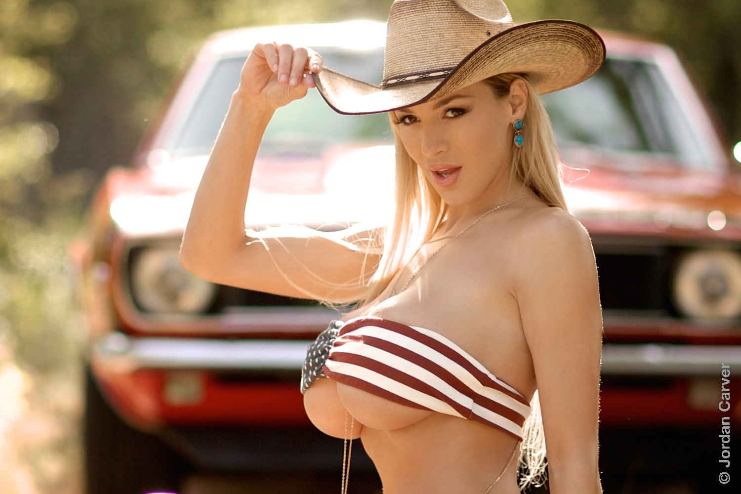 country-girls-with-big-tits