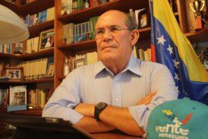 Omar González: Para tratar de lograr refinanciación Maduro hipotecará a Venezuela