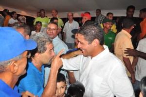 José Manuel Olivares presentó plan para la reconstrucción de Vargas