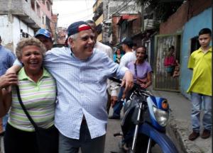 Enrique Mendoza: El Alcalde es el funcionario más cercano que puede resolver los problemas de la gente