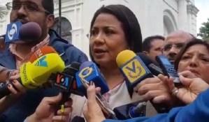 Fiscal Farik Mora Salcedo comandó allanamientos a viviendas de Marrero y Vergara, informan diputados de la AN