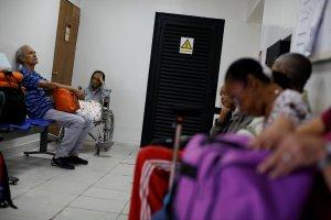 Pacientes renales en Puerto Ordaz denuncian parálisis de unidad de diálisis por falta de mantenimiento