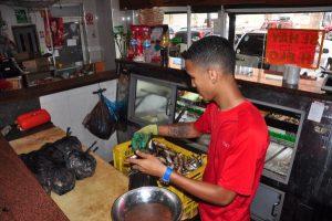 La sardina se vende 10 veces más que otras especies en La Guaira