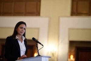 María Corina a Iván Duque: Noruega ni nadie puede cambiar el coraje; primero es la salida de Maduro