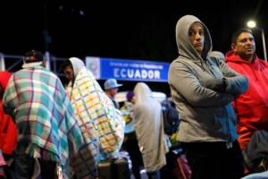 Unos siete mil venezolanos llegan a la frontera de Ecuador y Colombia este #23Ago