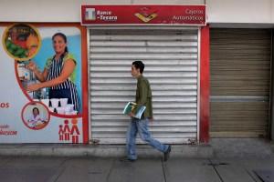 Chavismo designó a Johann Álvarez como nuevo presidente del Banco del Tesoro