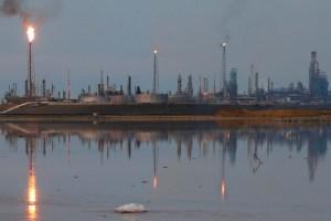 En octubre, la producción de petróleo en Venezuela fue de 687 mil barriles por día, según la Opep