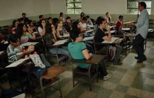 ¡Sin copiarse! Autoridades indias suspendieron el Internet para evitar trampas en un examen