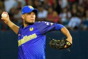 Yohan Pino fue elegido como Pitcher del Año