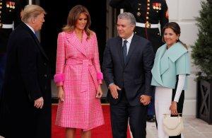 Se burlan de la chaqueta de la primera dama de Colombia y funcionarios salen en su defensa (fotos)