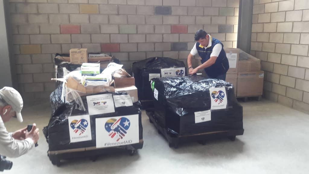 Llegan a Cúcuta 2,5 toneladas de ayuda humanitaria de Puerto Rico  para Venezuela (Video+Fotos)