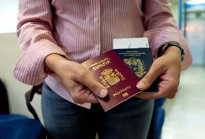 Chile aceptará pasaportes venezolanos vencidos a partir de 2019 (Resolución)